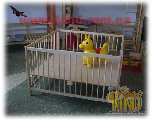 Мебель для малышей деревянная