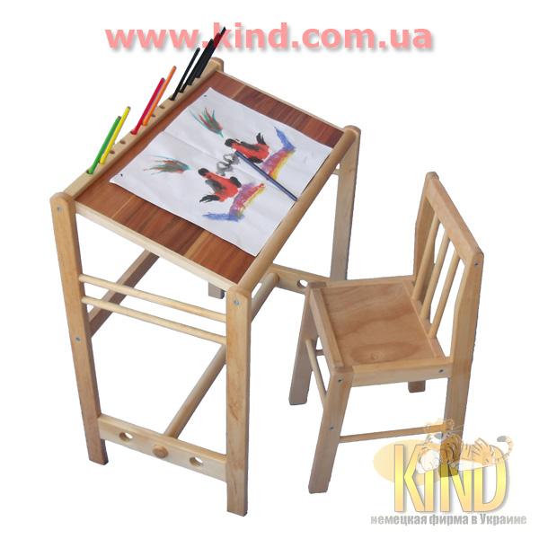 Стол для детского творчества из дерева