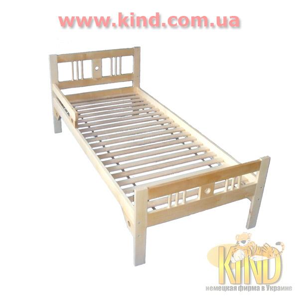 Мебель для малышей из натурального дерева