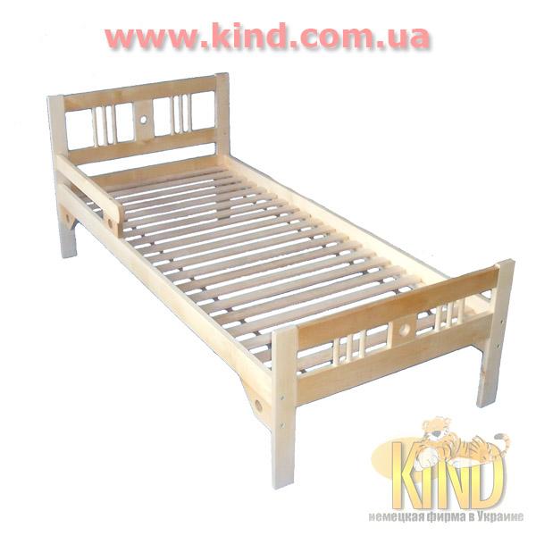 Деревянная мебель в детскую комнату кровать