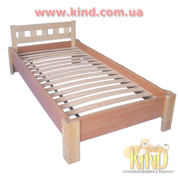 Кровать для школьника из натурального дерева