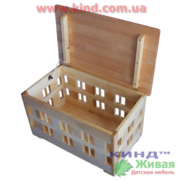 Шкаф для детских игрушек из дерева