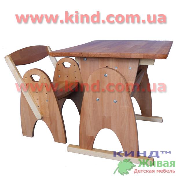 Деревянная парта и стул для малышей