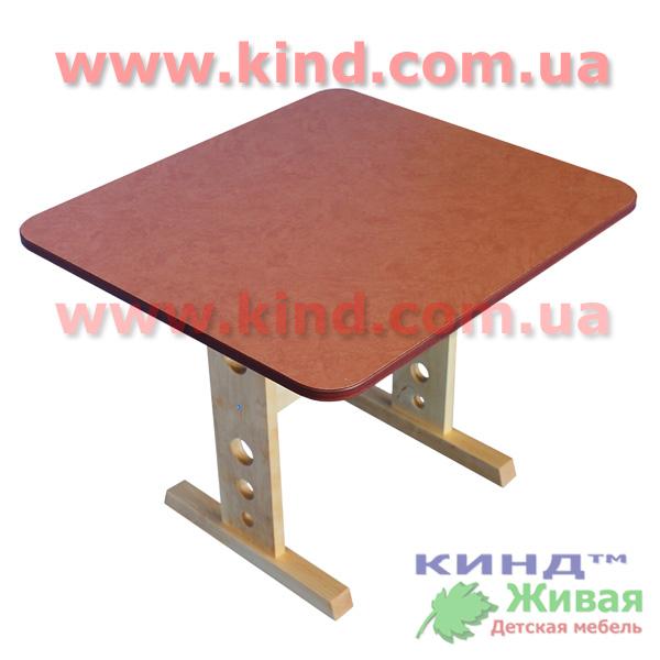 Детский деревянный стол из дерева
