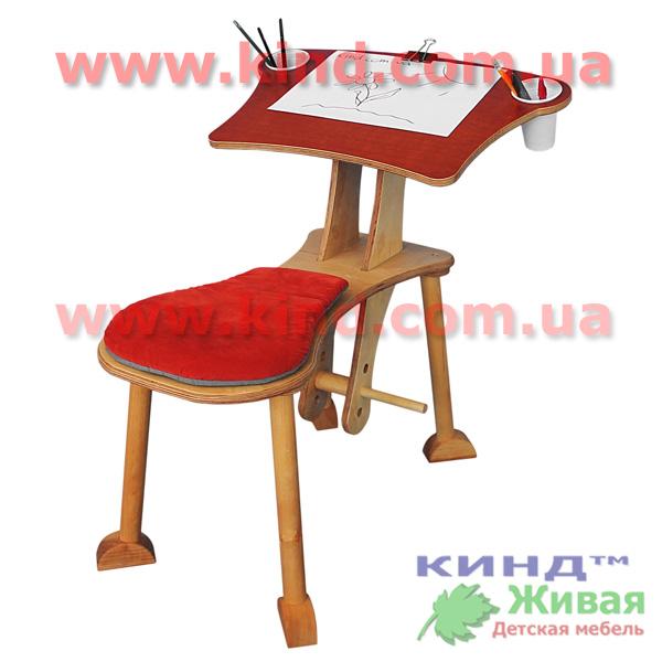 Столик для детского творчества в детскую комнату