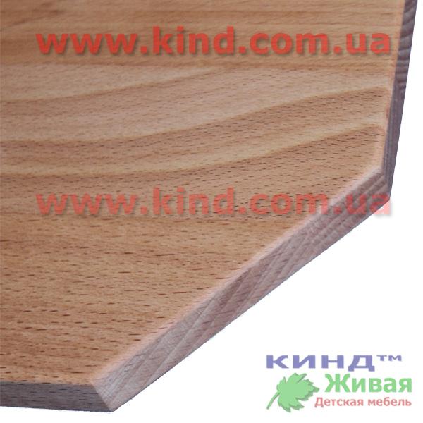 Деревянный шкаф для детской комнаты