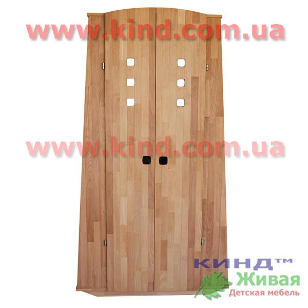Детский шкаф из дерева в детскую комнату