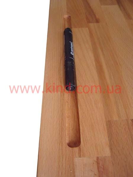 Паз для ручек и карандашей